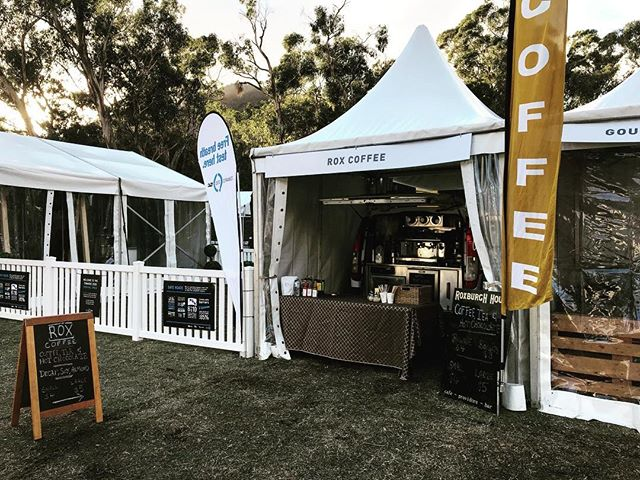 Ready and HOT @ggefest ..#grampiansgrapeescape #roxcoffee #allthecoffee #allthewine #mobilecoffee #readyforyou #caffeine #seedysunday