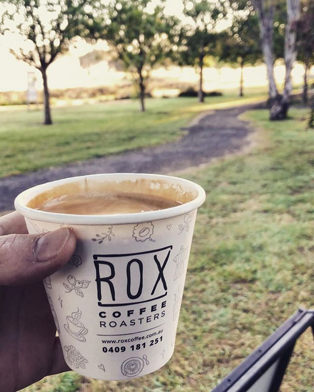 Morning coffees and fun runs... Sunday's done right that's for sure! See you all down at lake Hamilton for the Hamilton fun run this brisk morning! ....#mobilecoffee #hamilton #lake #lakehamilton #lakeside #roxcoffee #caffeinetogo #earlymornings #sundayfunday #sundaysdoneright #caffeinebus #longblacks