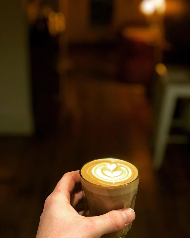 Early morning requirements.... ️  ....#coffee #morning #brews #coffeehouse #caffeine #wednesday #latteart #latte #roxburghhouse #roxcoffee @roxcoffee #hamilton