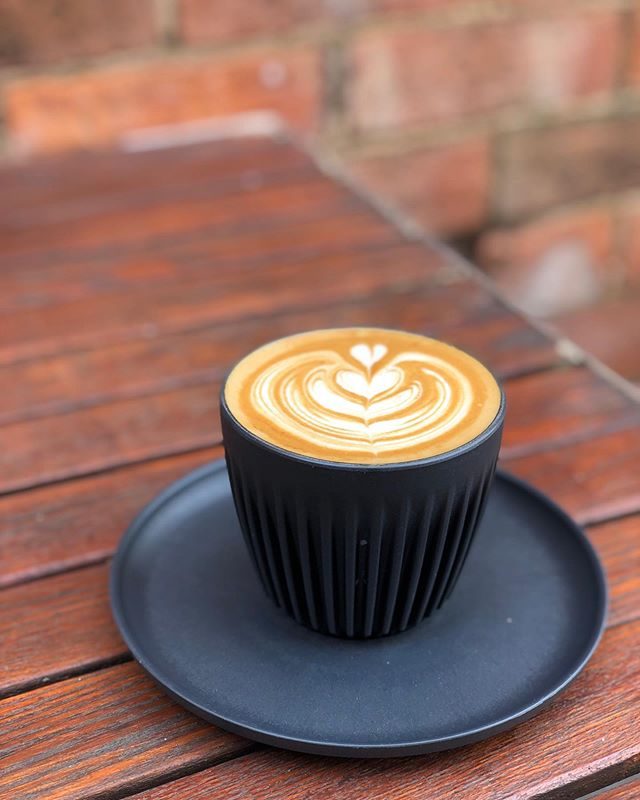 Out with the old, in with the new! We've decided to change things up and bring @huskeecup onboard in house! These guys are produced using REAL coffee husk! ....#huskeecup #coffee #latteart #trending #laneway #courtyard #roxburghhouse #coffeehusk #coffeehouse #hamilton #grampians #3300 @visitgreaterhamilton