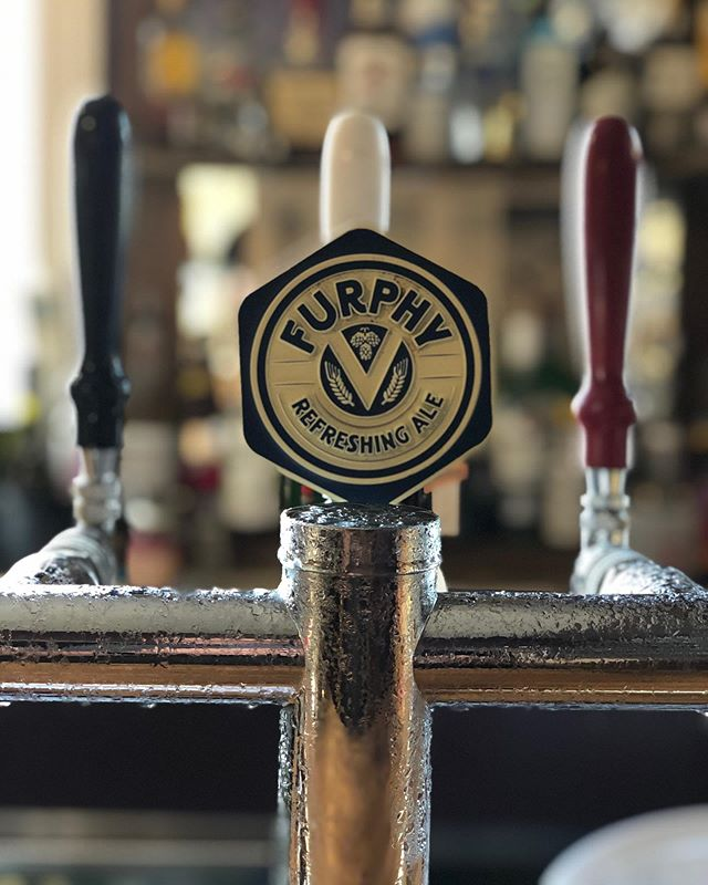 Here at the Rox we now have Furphy on tap 🏼$5 pots..#furphy #furphybeer #refreshing #refreshingale #beer #beerstagram #beerlover #roxburgh #cafe #café #greaterhamilton