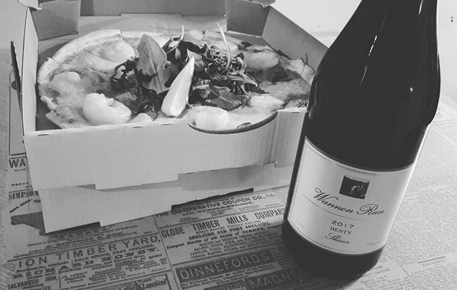 Need help getting through this whole isolation thing? Order our delicious pizzas and grab a bottle of wine, a match made in heaven delivered to your door!    ....Applehttps://goo.gl/NTNnrBAndroidhttps://bit.ly/2TsUyrc#roxburghhouse @hentyestate @visitgreaterhamilton #supportinglocalbusiness #local #wines #pizza #delivery #roxontherun #roxhomedeliveries #selfisolation #hamilton