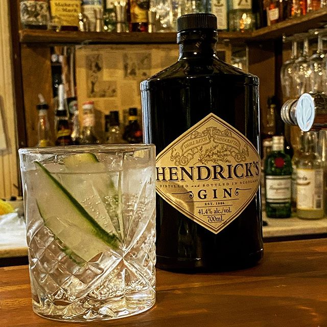 Did someone say GIN? @hendricksgin and @capisparkling tonic is a match made in heaven!
