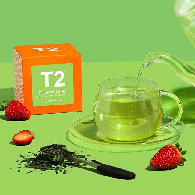 Packed with antioxidants and combined with luscious notes of strawberries and cream, by far one our favourite teas we stock! this tea is the coolest cuppa you'll meet 🏻
